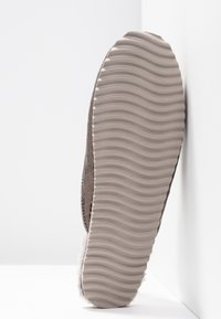 flip*flop - SLIPPER BRAIDED - Slippers - taupe - 6