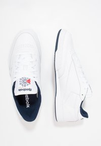 Reebok Classic - CLUB C 85 LEATHER UPPER SHOES - Trainers - white/navy - 1
