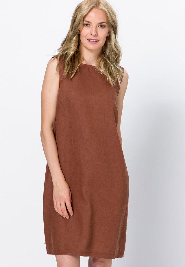 Day dress - almond