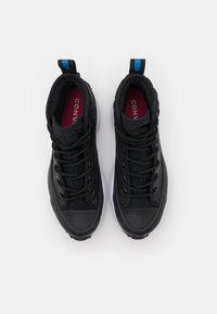 Converse - RUN STAR HIKE PLATFORM DIGITAL EXPLORER - Zapatillas altas - black/white - 7