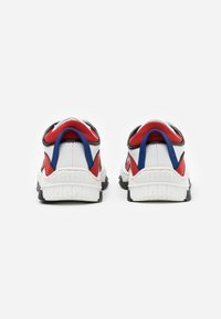 Dsquared2 - Sneaker low - white - 2