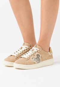 MOA - Master of Arts - MICKEY - Trainers - brown - 0