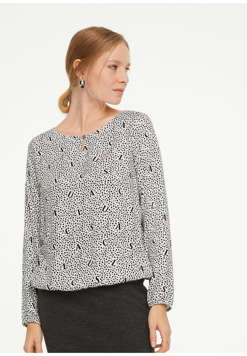 comma casual identity - LETTERING-DRUCK - Long sleeved top - white aop