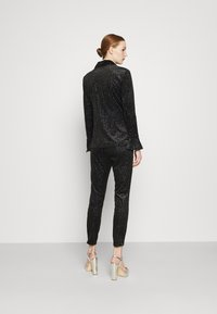 Never Fully Dressed - GLITTER DYNASTY JACKET - Blazer - black - 2
