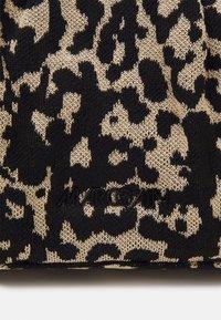 Marc Cain - SATCHEL BAG - Handbag - kangaroo - 6