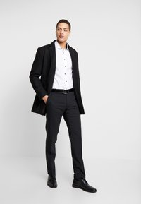 Seidensticker - Formal shirt - white - 1