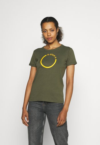 FRONT LOGO CROPPED SLIM TEE - Print T-shirt - dark bronze green