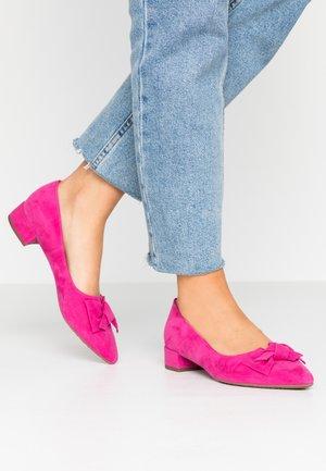 SHARIE - Classic heels - berry
