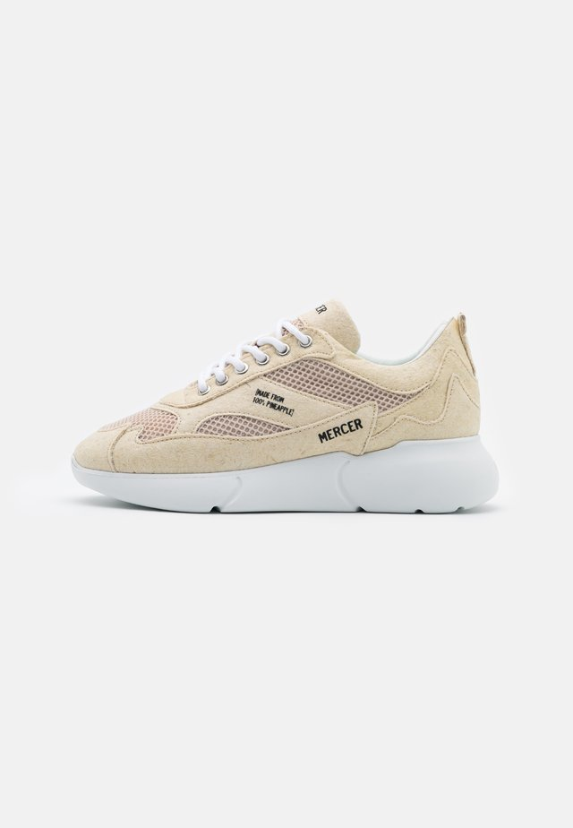 THE W3RD PINEAPPLE - Sneaker low - cream