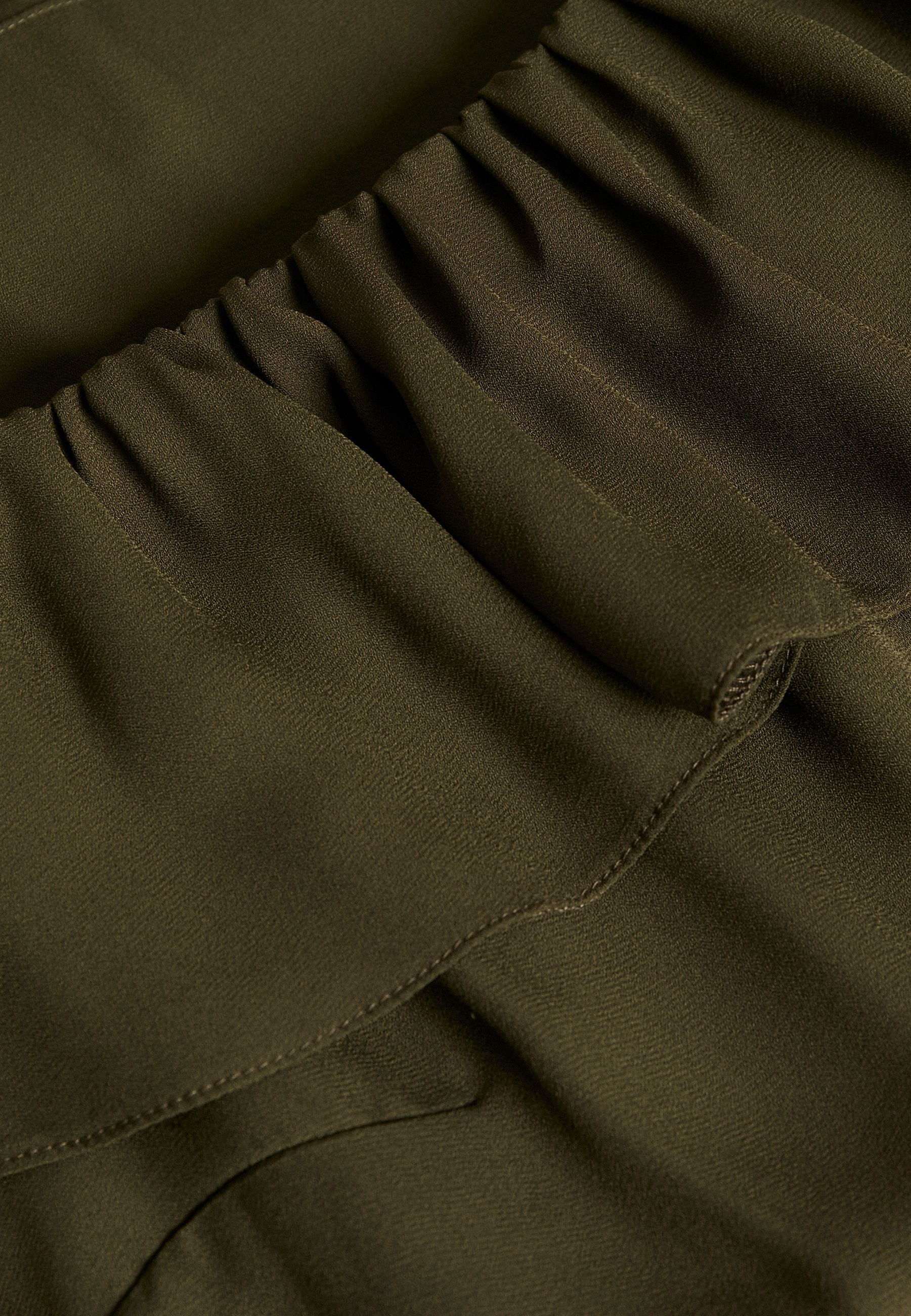 Dorothy Perkins Curve DOUBLE RUFFLE BARDOT - Bluser - khaki