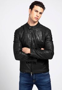 Guess - Faux leather jacket - schwarz - 0