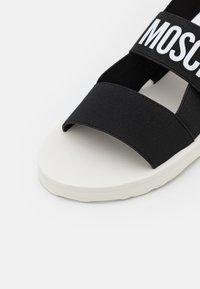 Love Moschino - Sandales compensées - nero - 6