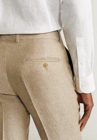 Mango - FLORIDA - Pantalon de costume - open beige - 5