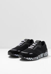 Versace Jeans Couture - Matalavartiset tennarit - black - 2