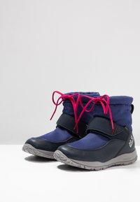Jack Wolfskin - KIWI WT TEXAPORE MID - Walking boots - dark blue/red - 3