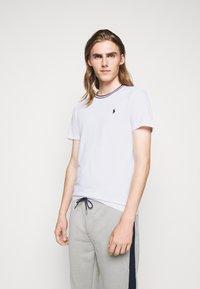 Polo Ralph Lauren - T-shirts print - white - 0
