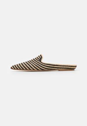 Pantofle - beige/black