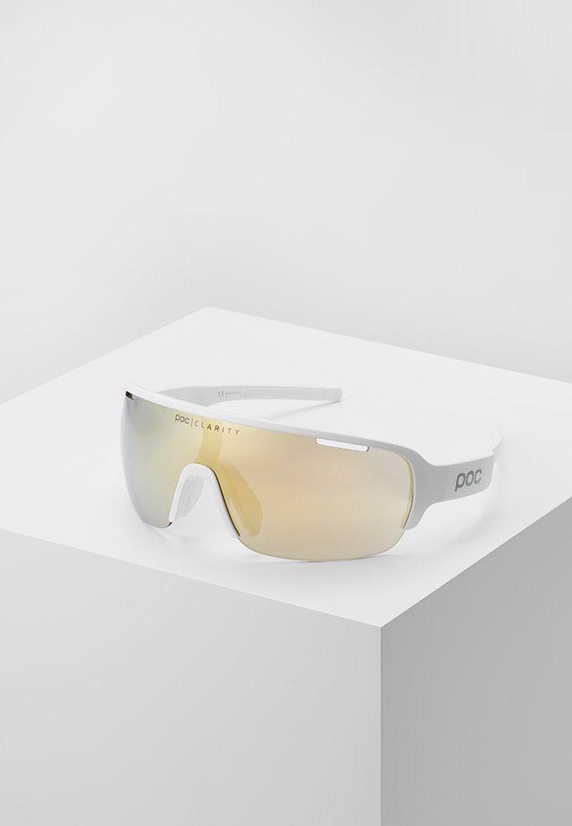 DO HALF BLADE - Sports glasses - hydrogen white