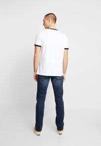 GAP - DARK CYPRESS - Straight leg jeans - tinted blue - 2