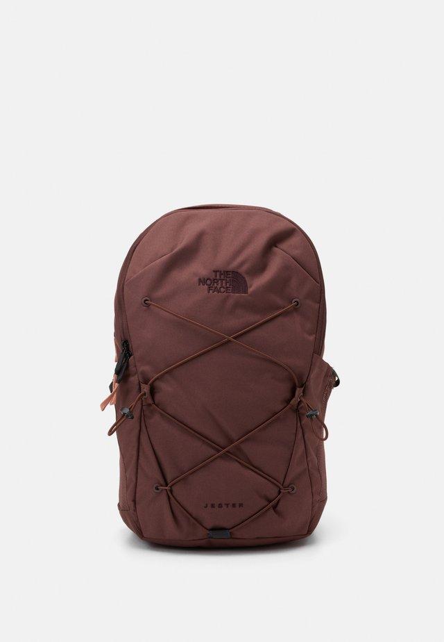 JESTER - Rucksack - marron/purple/pinkclay