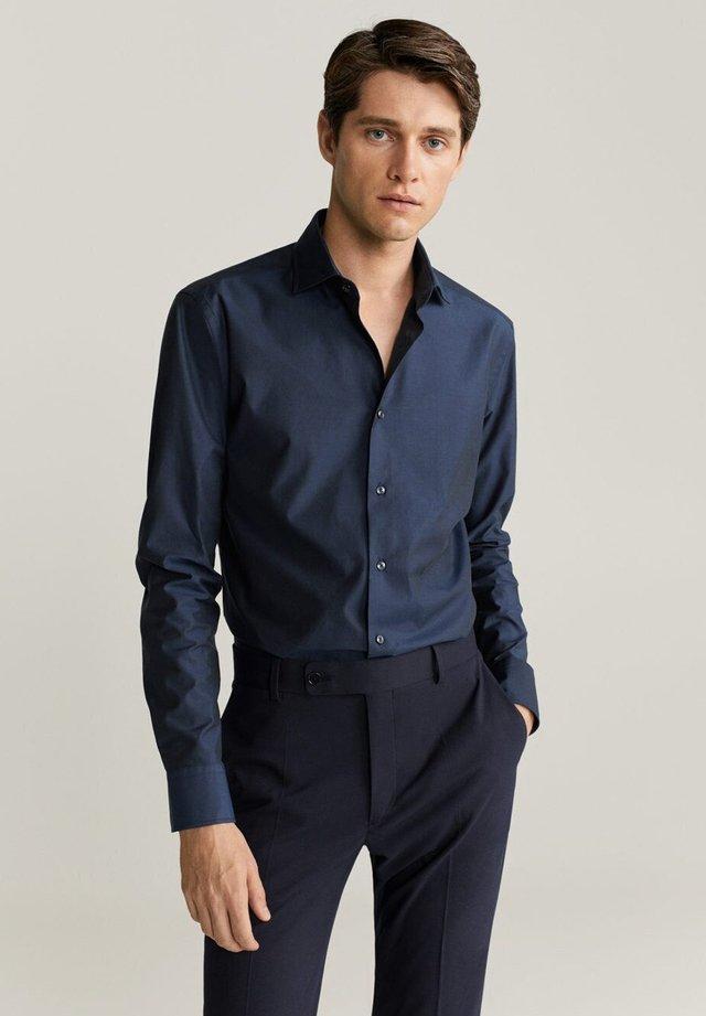 EMERITOL - Koszula - dunkles marineblau