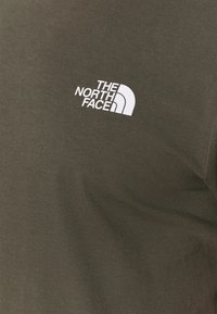 The North Face - MENS SIMPLE DOME TEE - Basic T-shirt - new taupe green - 4
