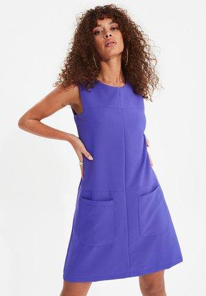 Robe d'été - purple