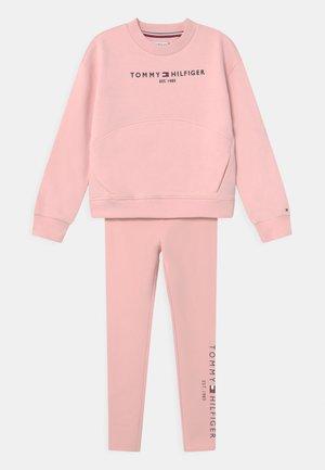 ESSENTIAL SET - Survêtement - delicate pink