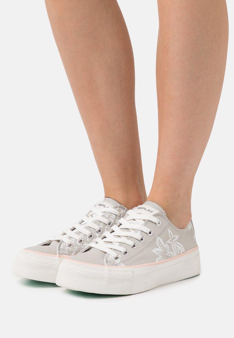 Replay - KEMPLEY - Sneakersy niskie - silver/white
