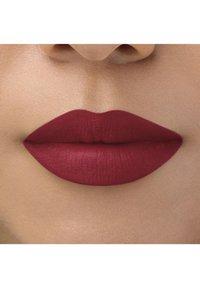bareMinerals - BAREPRO LONGWEAR LIPSTICK - Lipstick - raspberry - 2