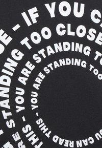 Even&Odd - T-shirts med print - black - 6