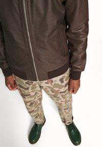 Schott - CALIFORNIA - Leather jacket - brown - 4