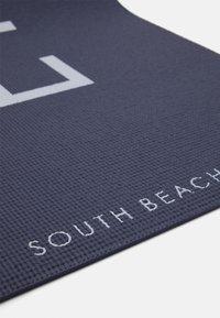South Beach - YOGA MAT SLOGAN - Kuntoilutarvikkeet - ombre blue tie dye - 3