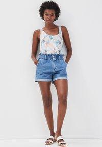 Cache Cache - Denim shorts - denim double stone - 1
