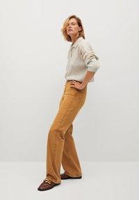 Mango - LOLA-I - Flared jeans - braun - 3