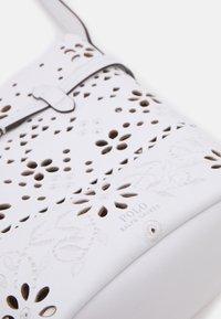 Polo Ralph Lauren - EYELET - Across body bag - white - 3