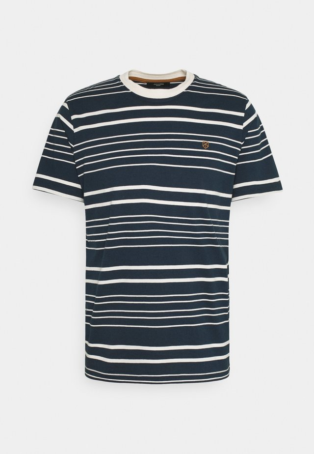 JPRJURI - T-shirt imprimé - navy blazer