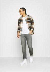 Lee - LUKE - Jeans slim fit - light crosby - 1
