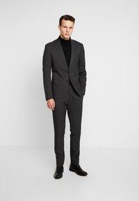 Antony Morato - SLIM JACKET BONNIE PANTS  - Kostym - black - 0