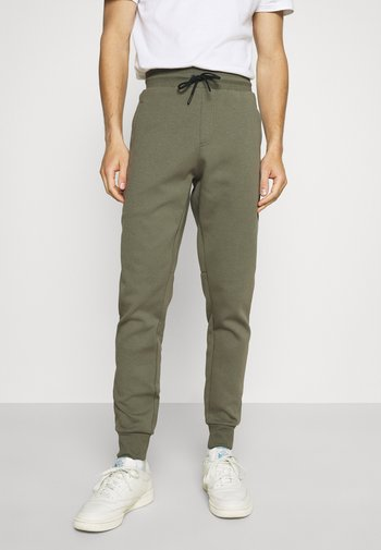 MODERN ESSENTIALS PANTS - Pantaloni sportivi - utility olive