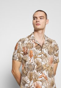 Gianni Lupo - HAWAIIAN - Shirt - MUD - 3