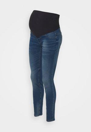 MOM DOLLY - Jeans slim fit - medium denim