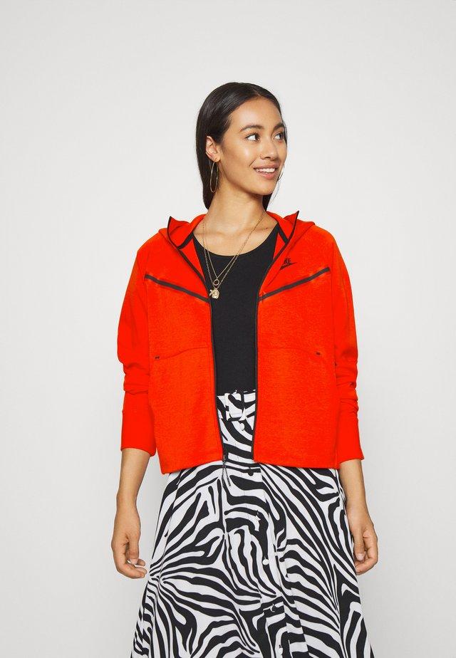Zip-up hoodie - chile red/black