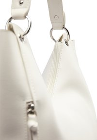 usha - Tote bag - white - 4