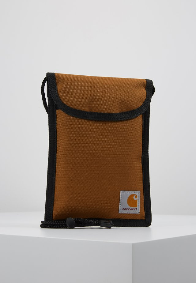 COLLINS NECK POUCH - Wallet - hamilton brown