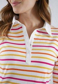 Armor lux - Polo shirt - blanc/dorure/azaléa/calendula - 1