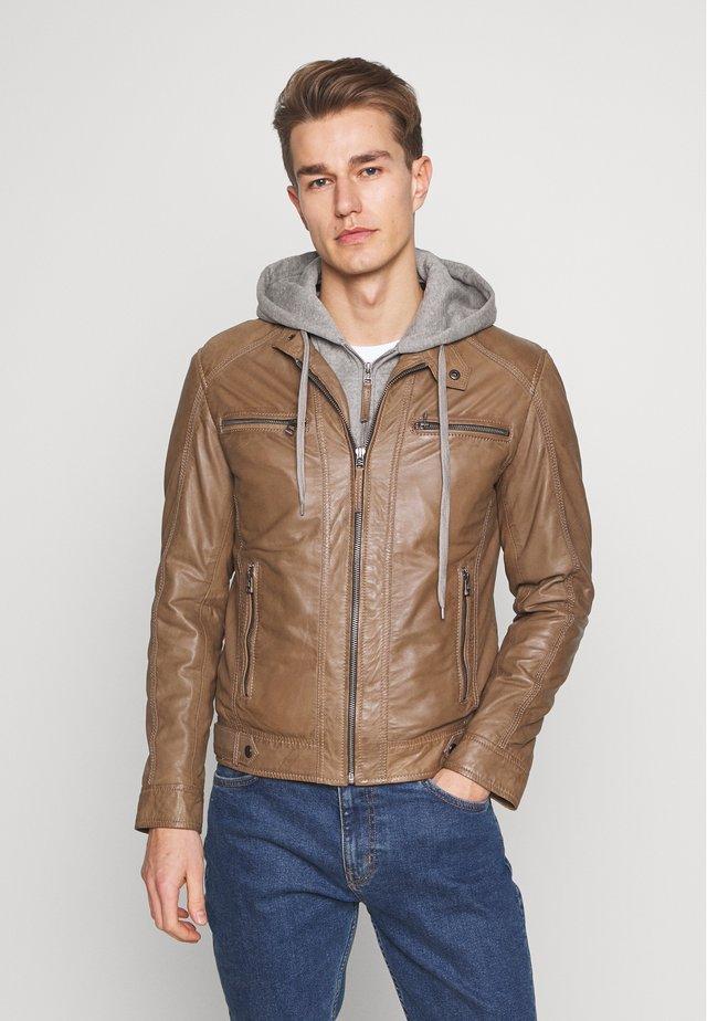NILS  - Leather jacket - caramel