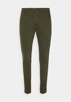 PANTALONE GAUBERT - Trousers - oliv