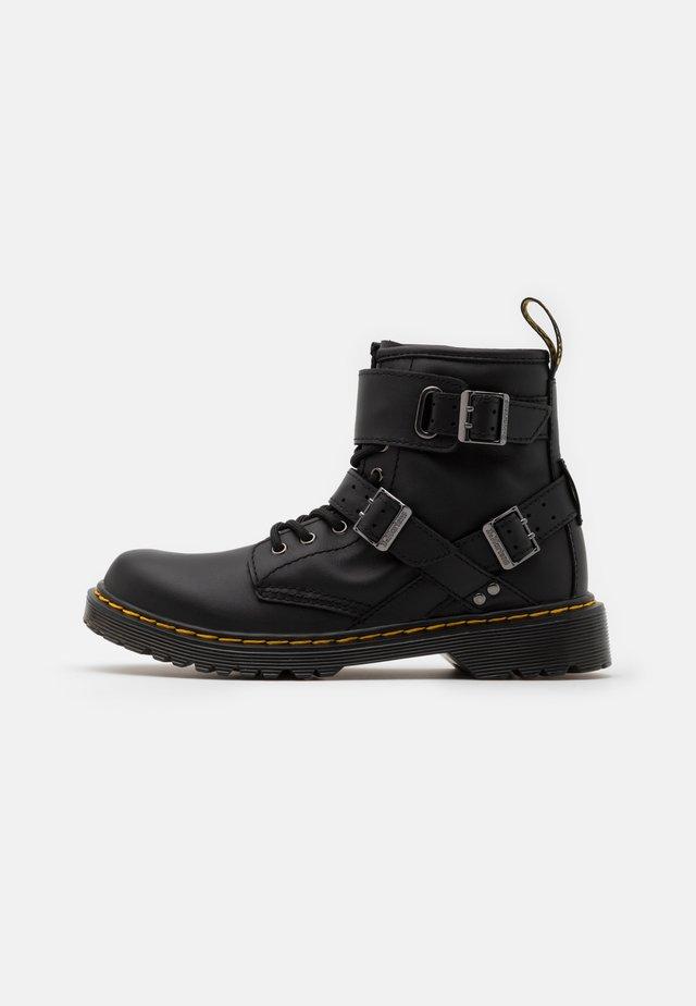 1460 BUCKLE UNISEX - Korte laarzen - black