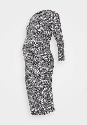 DRESS ANIMALBLACK - Žerzejové šaty - black